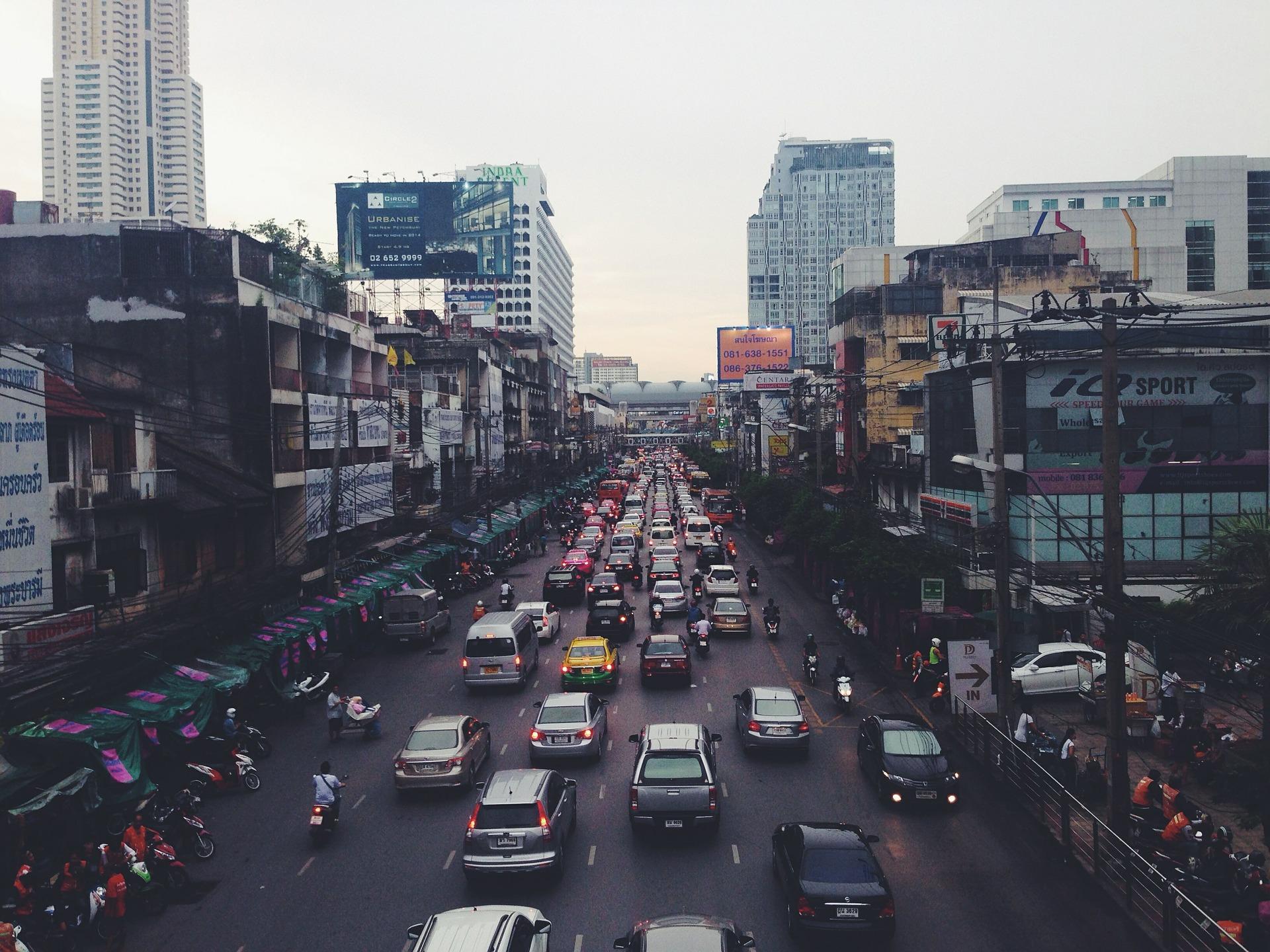 traffic-jam-388924_1920